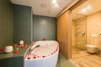 Room with private jacuzzi at discounted price Balatonfured