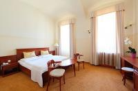Anna Grand Hotel's discount room with half board in Balatonfured