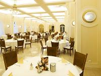 Anna Grand Hotel**** Beautiful restaurant in Balatonfured