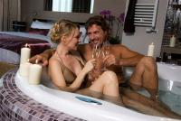Hotel room with Jacuzzi for a romantic weekend in Hotel Azur Premium