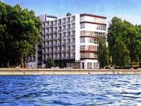Siofok Hotel Hungaria directly on the sho0re of Lake Balaton Hotel Hungaria Siofok - Discounted hotel at Lake Balaton -