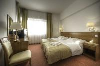 Beautiful and quiet hotelrooms at Lake Balaton - Hotel Ket Korona Balatonszarszo